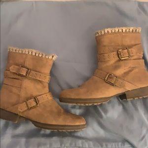 Beige Buckle Short Boots